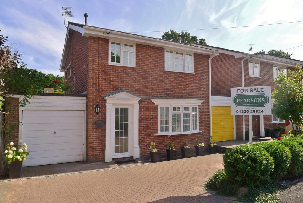 3 Bedrooms Detached House for sale in FAREHAM - GUIDE PRICE 250,000 - 275,000
