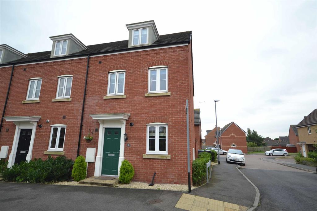 3 Bedrooms Town House for sale in Mason Drive, Stamford