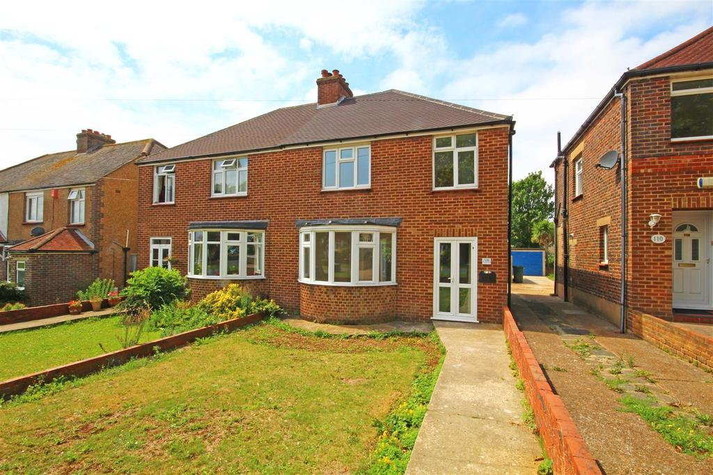 3 Bedrooms Semi Detached House for sale in Foredown Drive, Portslade, Brighton