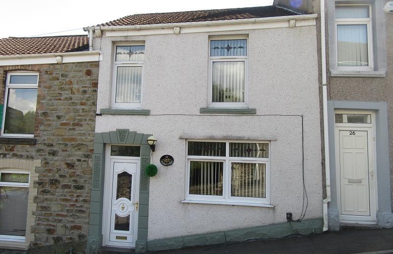 3 Bedrooms Terraced House for sale in Pleasant Street, Morriston, Swansea.