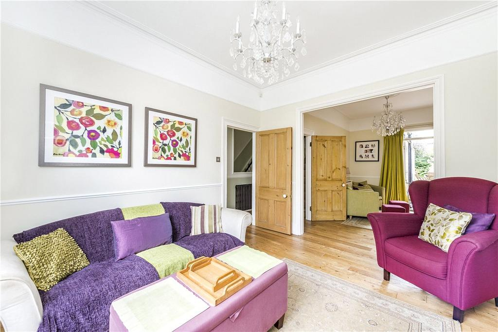 4 Bedrooms Semi Detached House for sale in St. James's Drive, London, SW17