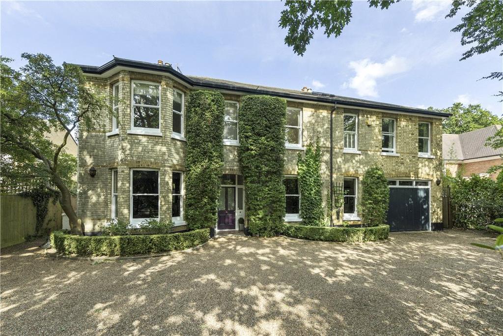 6 Bedrooms Detached House for sale in Cedar Grove, Weybridge, Surrey, KT13