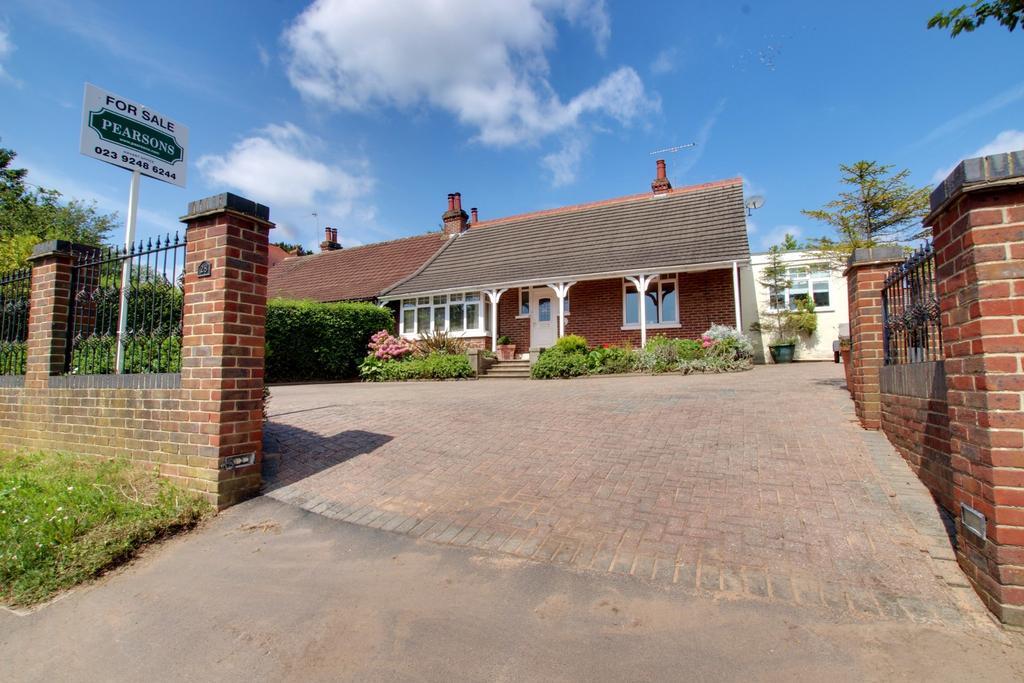 2 Bedrooms Semi Detached Bungalow for sale in Bedhampton
