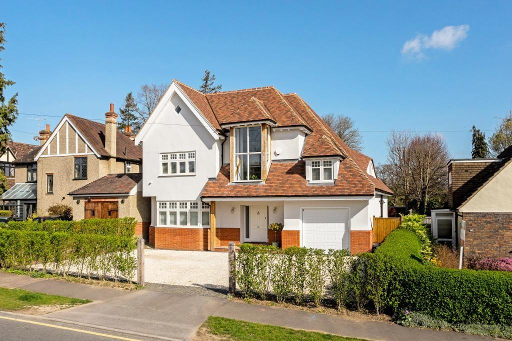 6 Bedrooms Detached House for sale in Middleton Road, Shenfield, CM15