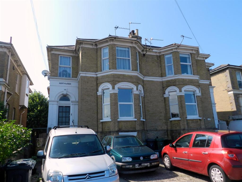 1 Bedroom Apartment Flat for sale in Queens Road, Ryde