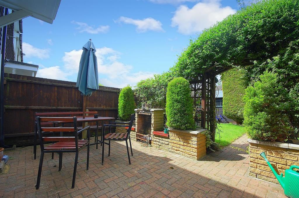 3 Bedrooms Terraced House for sale in Swanstand, Letchworth Garden City