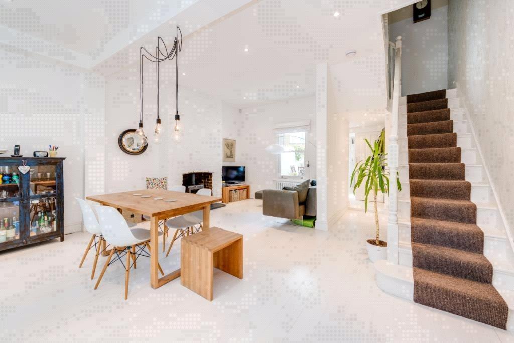 4 Bedrooms Terraced House for sale in Herries Street, London, W10