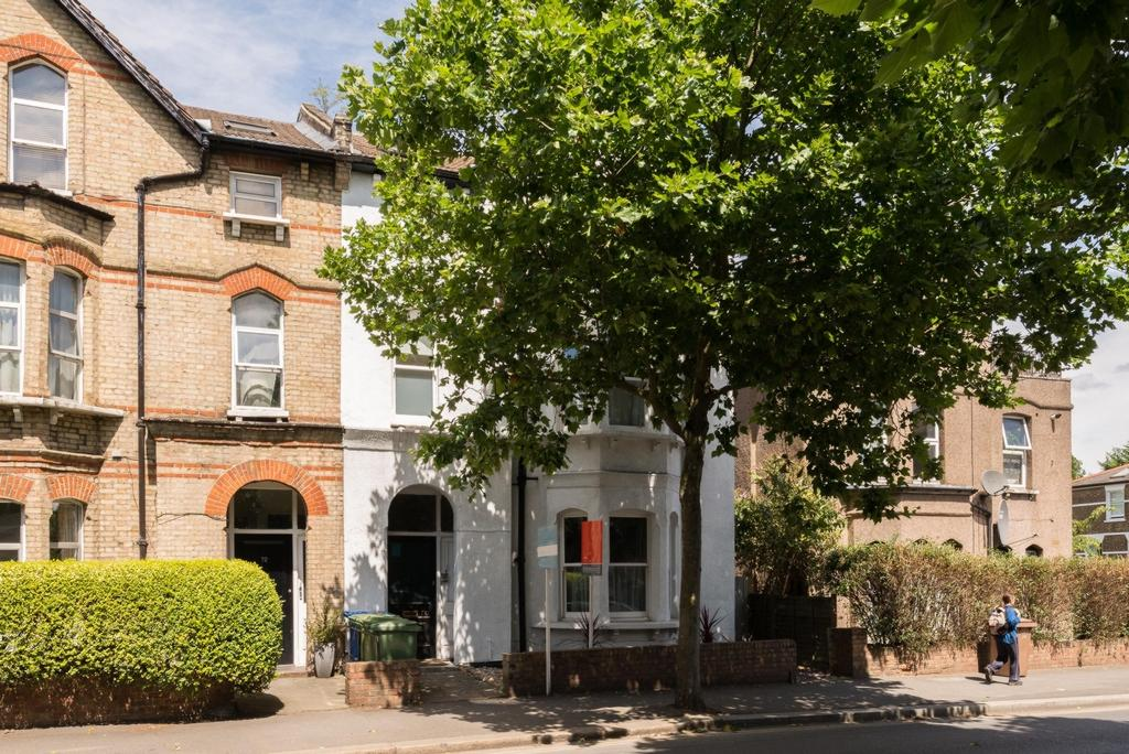 2 Bedrooms Flat for sale in East Dulwich Grove, East Dulwich, SE22