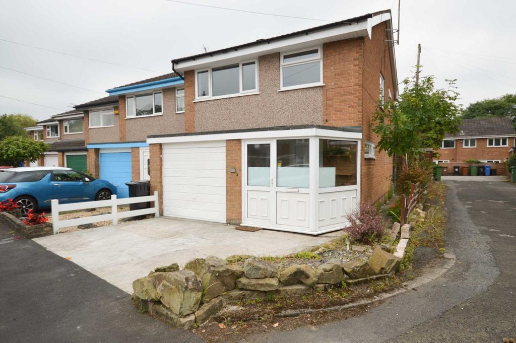 3 Bedrooms Semi Detached House for sale in PLYMOUTH DRIVE, Bramhall