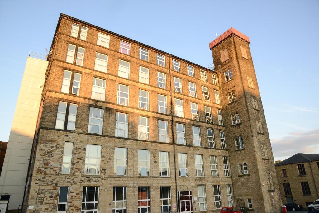 2 Bedrooms Apartment Flat for sale in Savile Street, Huddersfield, HD3 4JT