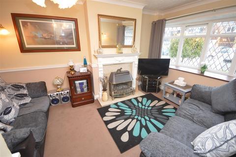3 bedroom semi-detached house for sale - Wayside, Marston Green, Birmingham
