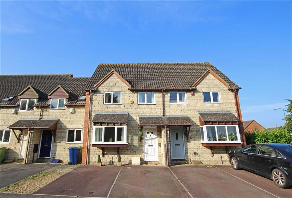 3 Bedrooms Terraced House for sale in Little Acorns, Bishops Cleeve, Cheltenham, GL52