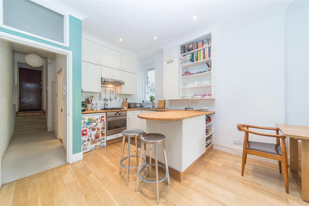 2 Bedrooms Maisonette Flat for sale in Rocks Lane, Barnes, SW13