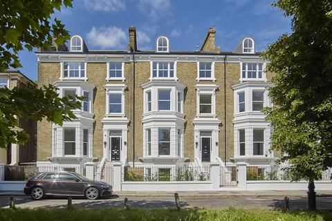 5 bedroom house for sale - The Common, Ealing