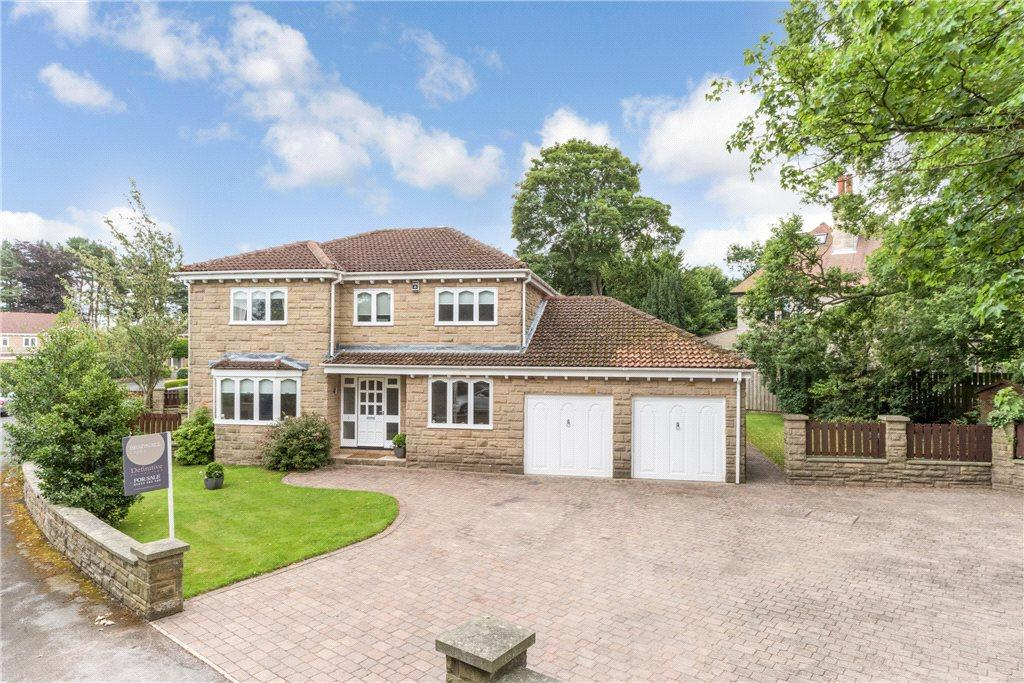 4 Bedrooms Detached House for sale in The Lawns, Harrogate, North Yorkshire