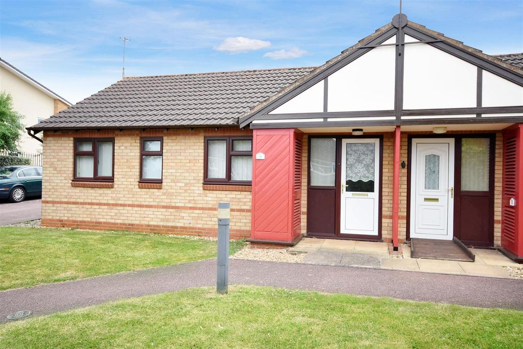 2 Bedrooms Bungalow for sale in Slim Close