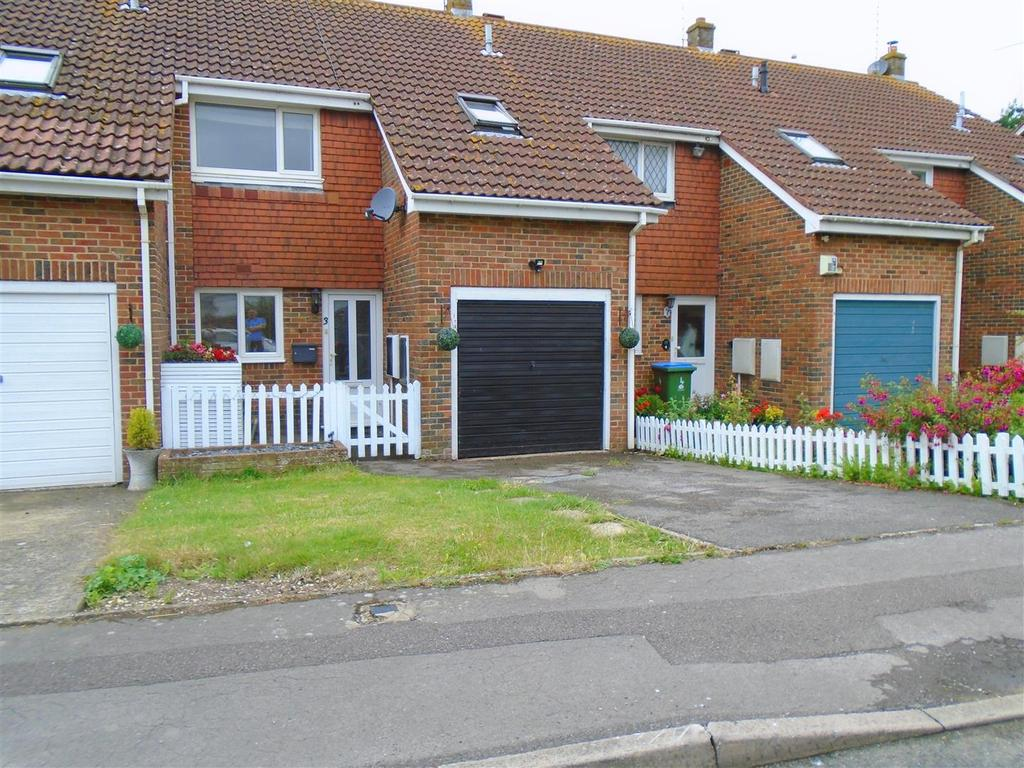 3 Bedrooms Terraced House for sale in Falkland Close, Bognor Regis
