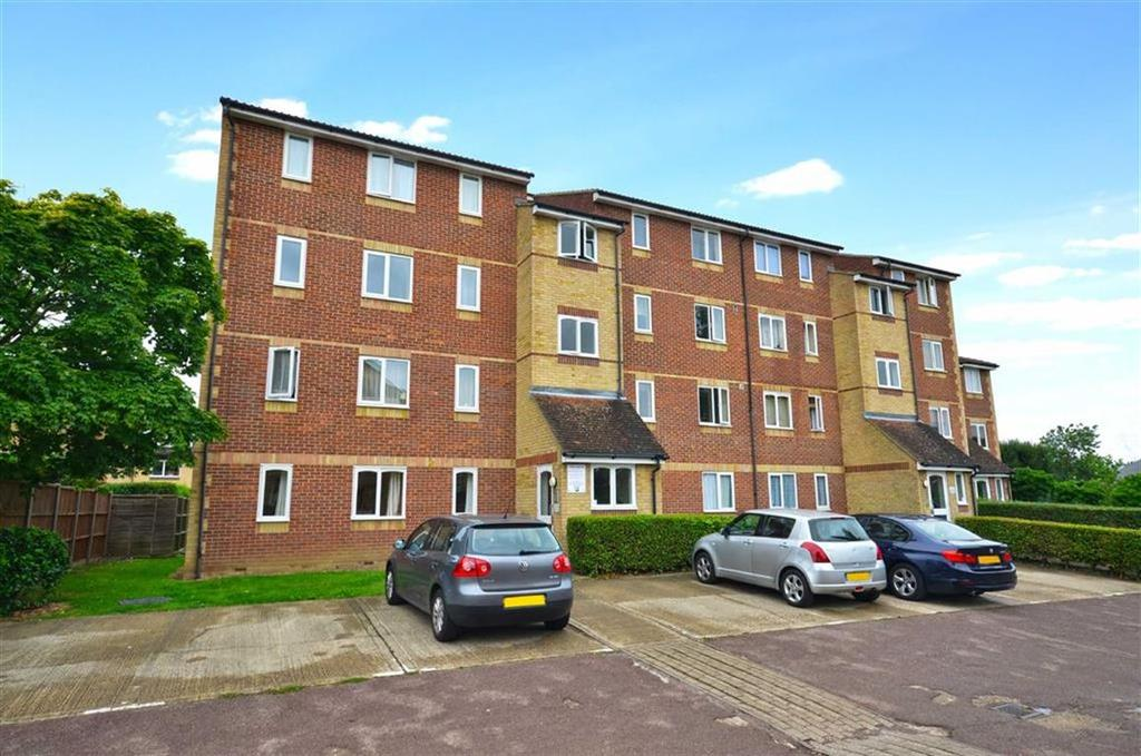 2 Bedrooms Apartment Flat for sale in Lundy House, Watford, Hertfordshire
