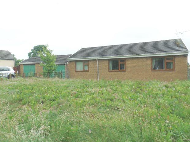 3 Bedrooms Detached Bungalow for sale in CHURCH STREET, WINGATE, PETERLEE AREA VILLAGES