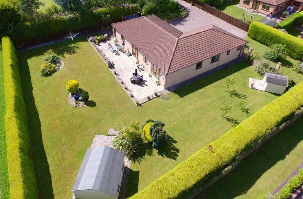 4 Bedrooms Detached Bungalow for sale in LAMBTON COURT, PETERLEE, OAKERSIDE, PETERLEE AREA VILLAGES