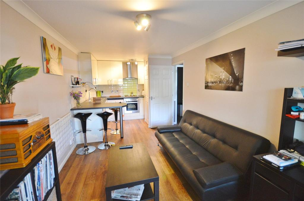 1 Bedroom Apartment Flat for sale in Park Lodge, 976-978 St. Albans Road, Garston, Hertfordshire, WD25