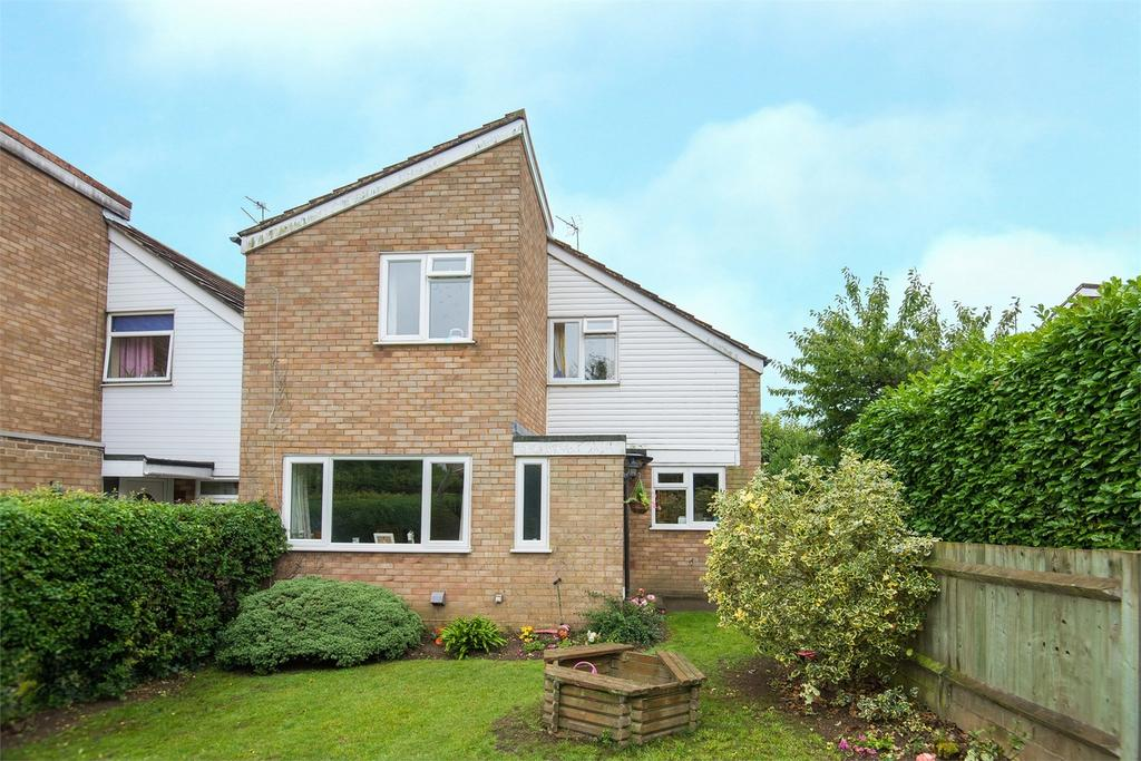 3 Bedrooms Detached House for sale in Manor Close, Clifton, Bedfordshire