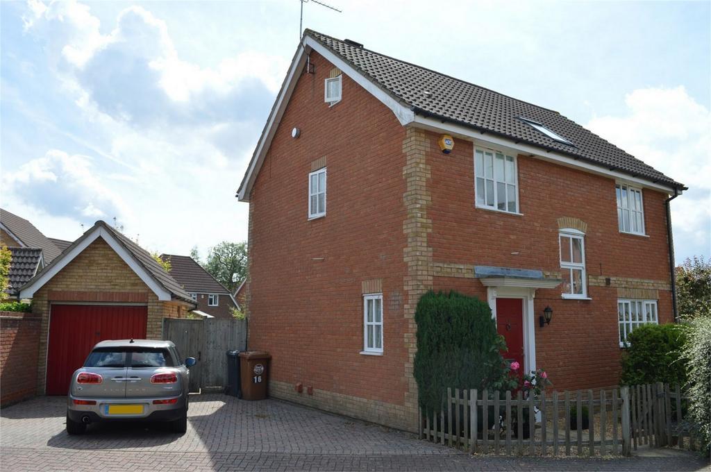 5 Bedrooms Detached House for sale in 16 Weaver Street, Bishop's Stortford