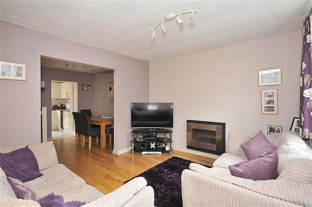 3 Bedrooms End Of Terrace House for sale in Fountain Street, Macclesfield