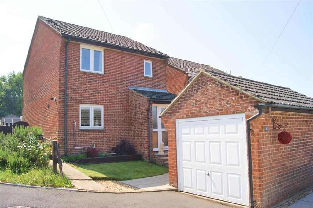 3 Bedrooms House for sale in Arthur Moody Drive, Newport