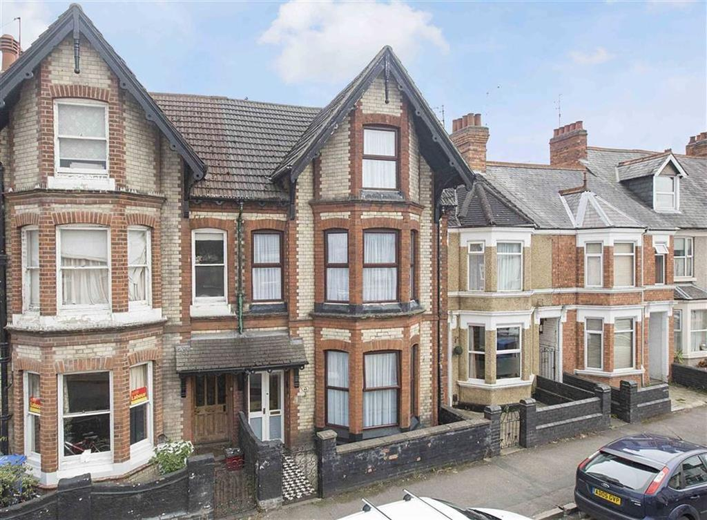 4 Bedrooms Terraced House for sale in Green Lane, Kettering