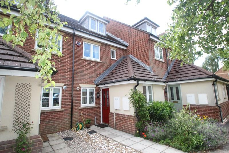 3 Bedrooms Town House for sale in Walker Place, Southampton