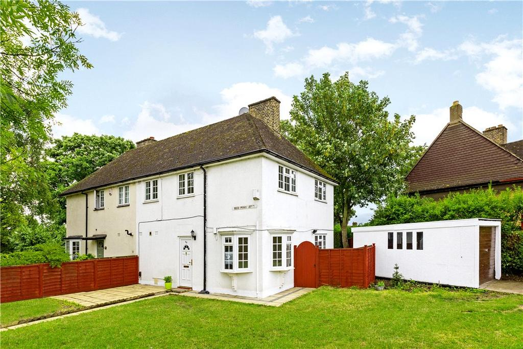 3 Bedrooms Semi Detached House for sale in Red Post Hill, North Dulwich, London, SE24