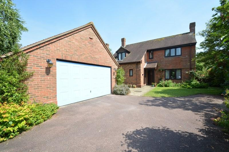 4 Bedrooms Detached House for sale in Drove Hill, Chilbolton, Stockbridge