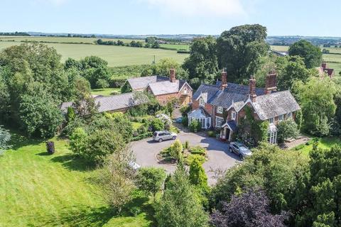 5 bedroom detached house for sale - The Old Vicarage, Main Road, Thornton, Horncastle, LN9