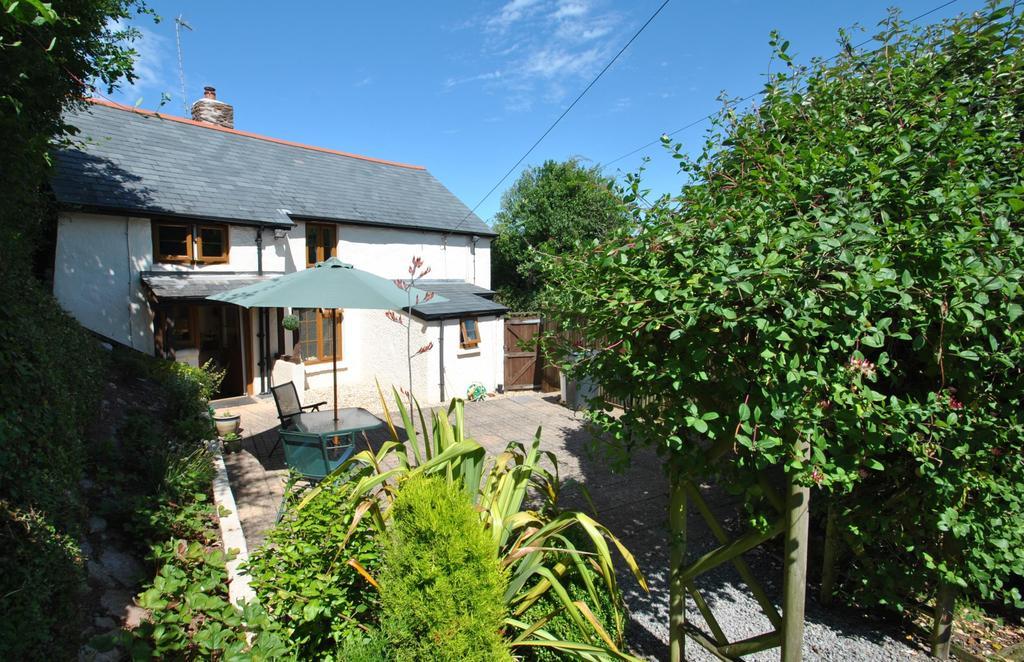 4 Bedrooms Detached House for sale in Rodhuish, Minehead