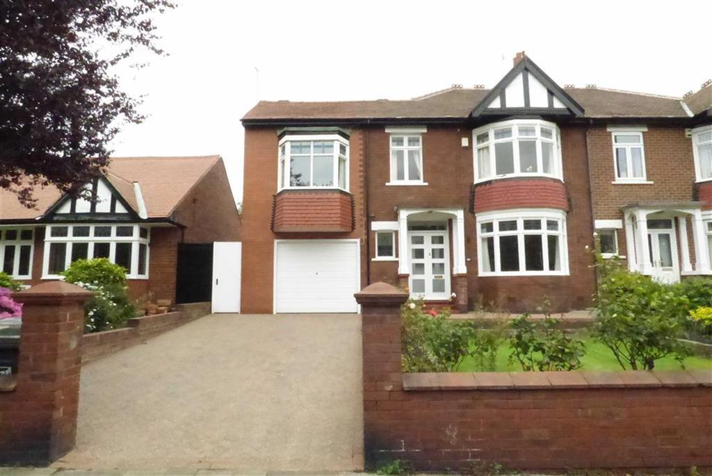 5 Bedrooms Semi Detached House for sale in Manor Road, Tynemouth