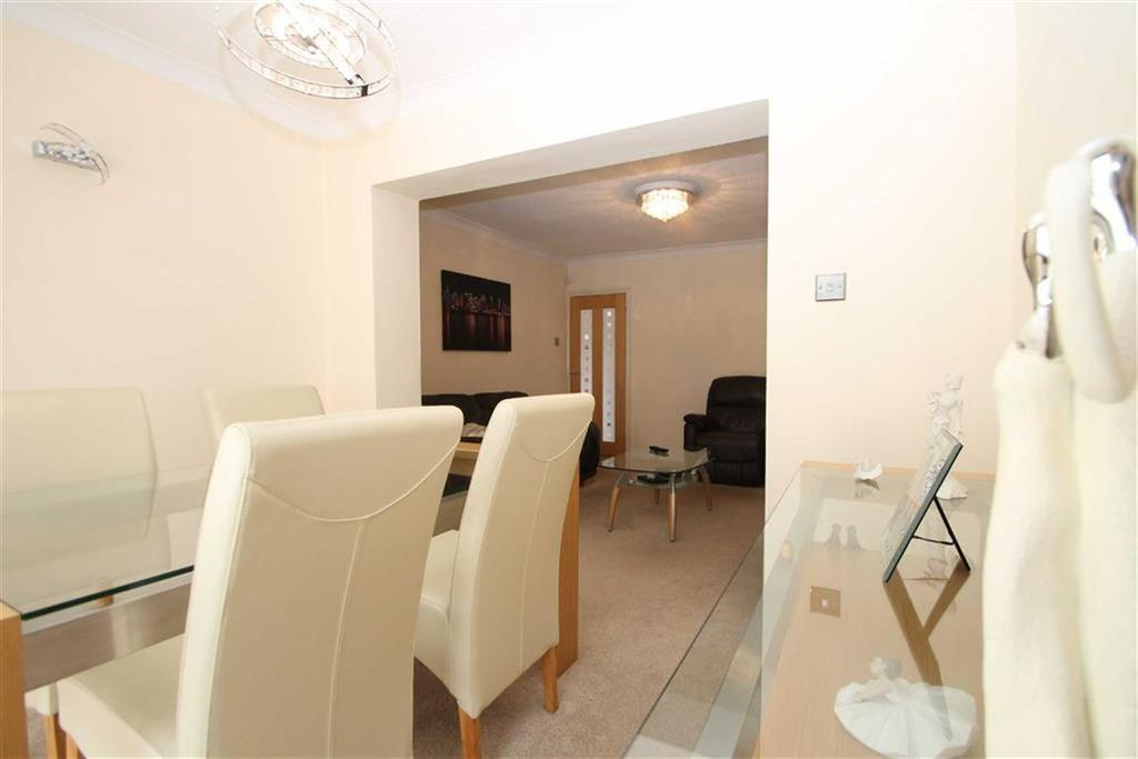 3 Bedrooms Semi Detached House for sale in Maes-Y-Coed Road, Cardiff