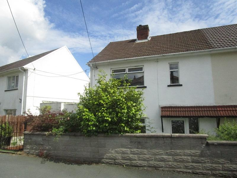 2 Bedrooms Semi Detached House for sale in Henneuadd Road, Abercrave, Swansea.