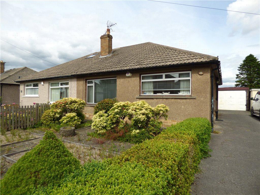 2 Bedrooms Semi Detached Bungalow for sale in Grange Road, Eldwick, Bingley, West Yorkshire