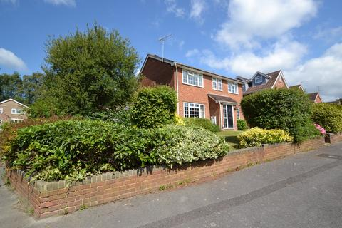 4 bedroom detached house for sale - Broadstone