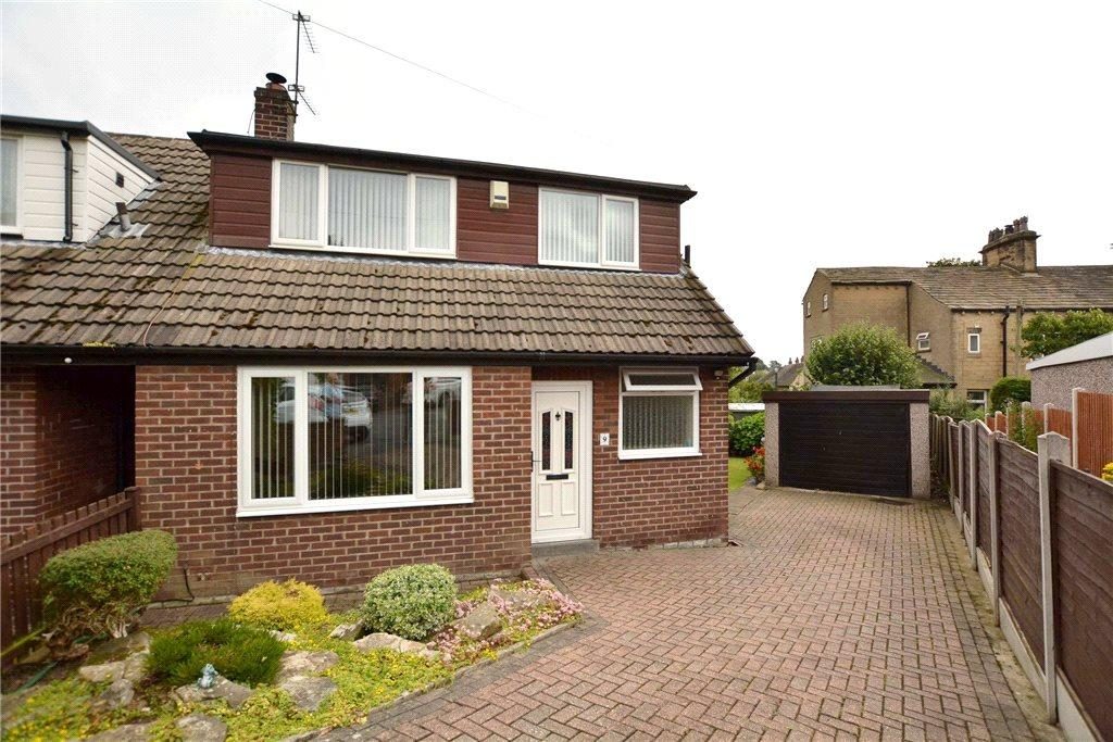 4 Bedrooms Semi Detached House for sale in Victoria Rise, Pudsey, West Yorkshire