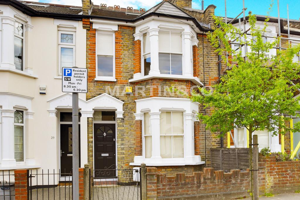 3 Bedrooms Terraced House for sale in Albert Road, South Woodford