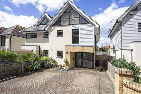4 bedroom semi-detached house for sale - St Peters Road, Lower Parkstone