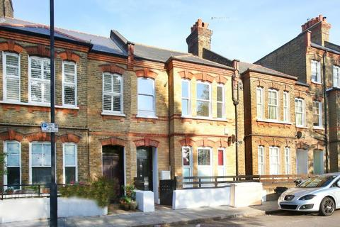 2 bedroom flat to rent - Shakespeare Road, Brixton, London, SE24 0QQ