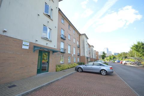 2 bedroom flat to rent - Messina House, Lloydd George Avenue, Cardiff Bay