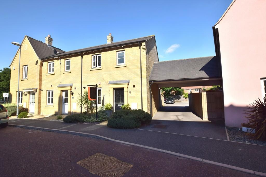 3 Bedrooms End Of Terrace House for sale in Chapman Place, Colchester, CO4 5ZJ