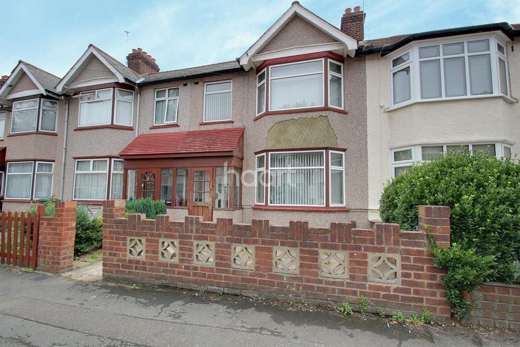 3 Bedrooms Terraced House for sale in Beresford Gardens, Chadwell Heath