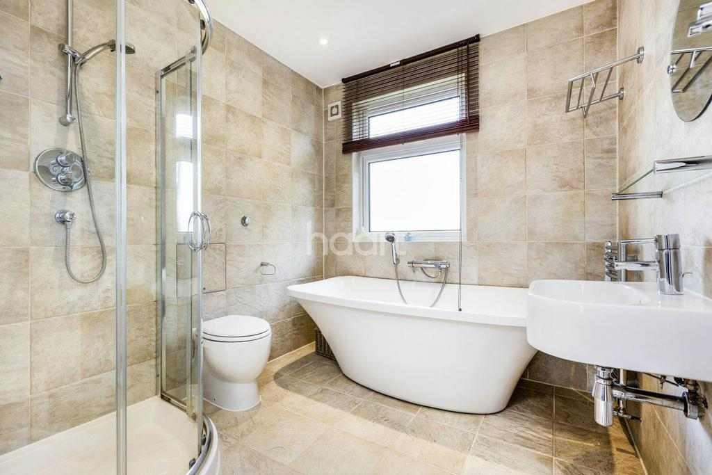 4 Bedrooms Terraced House for sale in Cannon Close, Raynes Park, London, SW20