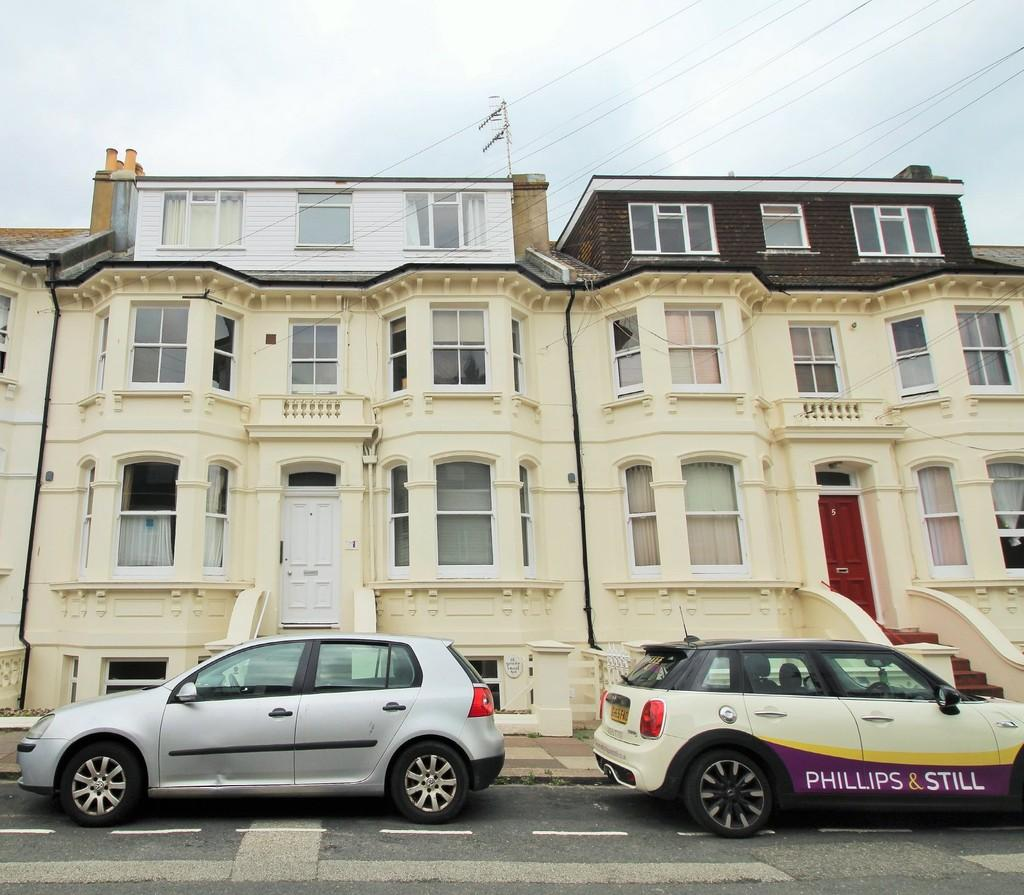Studio Flat for sale in Seafield Road, Hove