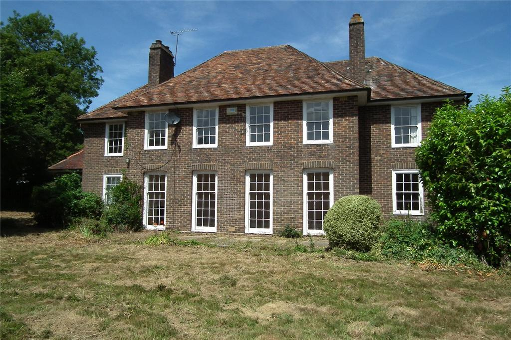 4 Bedrooms Detached House for sale in Rectory Close, Woodchurch, Ashford, Kent, TN26